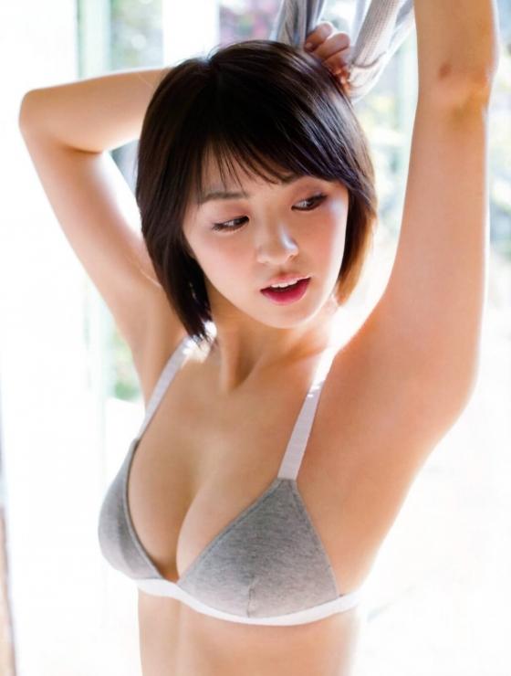 柳ゆり菜 フライデーのEカップノーブラ最新グラビア 画像25枚 5