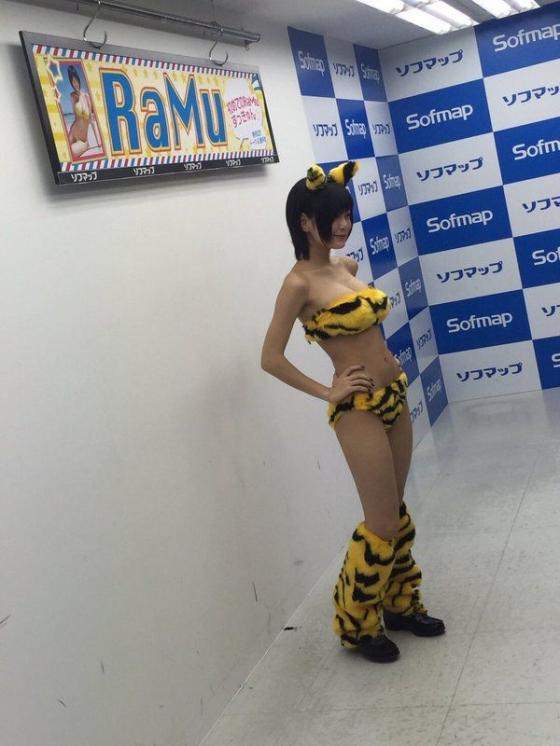 RaMu ソフマップでDVD初めてのRaMuずっきゅんをPR 画像13枚 2