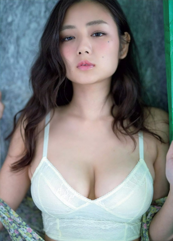 片山萌美 フラッシュ袋とじのGカップ垂れ乳爆乳 画像33枚 1