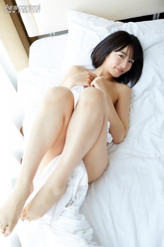 保田真愛 大切な君への美尻食い込みキャプ 画像25枚 4