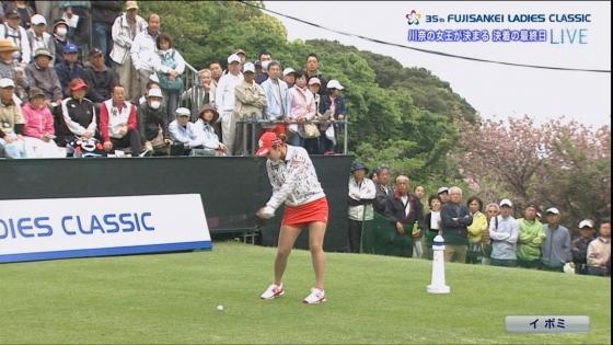 女子プロゴルフ 着衣巨乳やパンチラが悩ましいキャプ 画像32枚 14