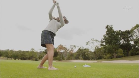 女子プロゴルフ 着衣巨乳やパンチラが悩ましいキャプ 画像32枚 31