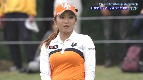 女子プロゴルフ 着衣巨乳やパンチラが悩ましいキャプ 画像32枚 5