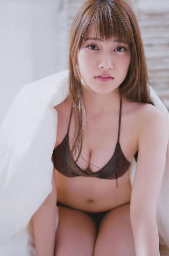 入山杏奈 漫画アクションの最新水着グラビア 画像30枚 29