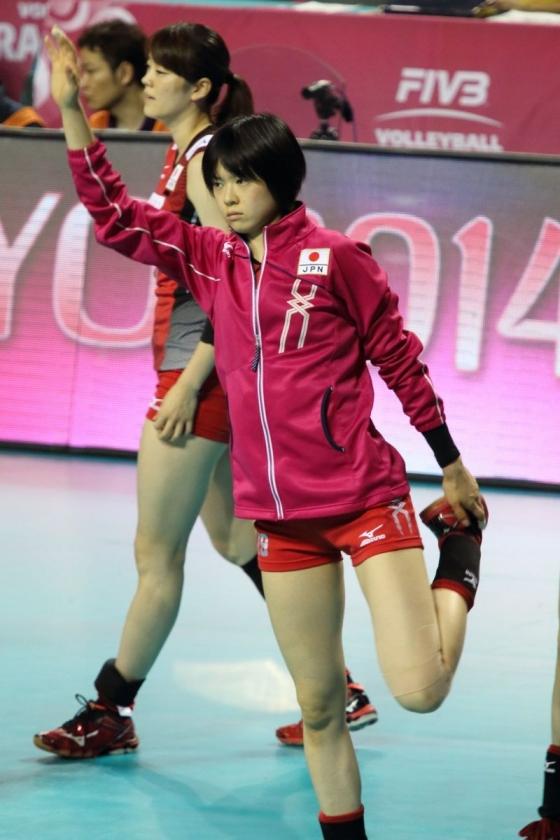 女子バレーボール日本代表の開脚股間とお尻キャプ 画像43枚 14