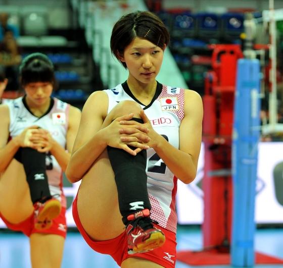 女子バレーボール日本代表の開脚股間とお尻キャプ 画像43枚 16