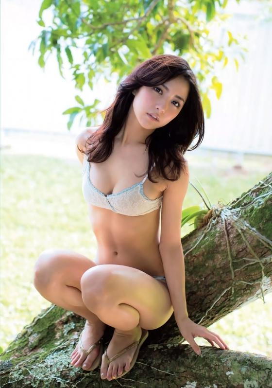石川恋 フラッシュのDカップ谷間&美尻食い込み 画像31枚 20