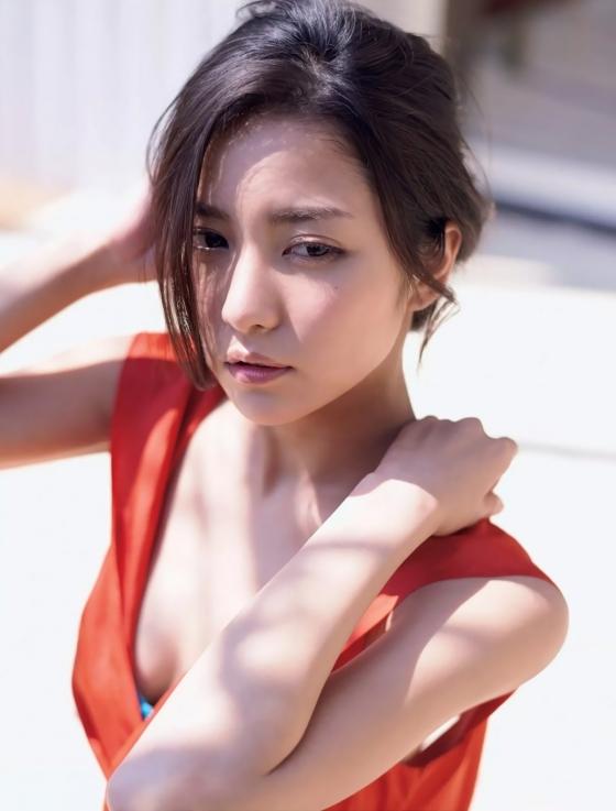 石川恋 フラッシュのDカップ谷間&美尻食い込み 画像31枚 4