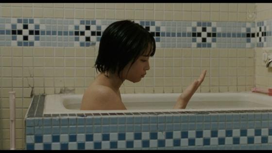 広瀬すず 海街diaryの入浴&バスタオル姿キャプ 画像19枚 3