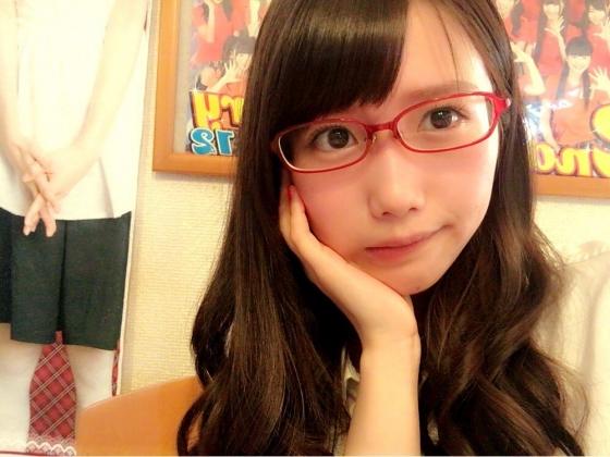 加藤里保菜 メガネなしでも可愛い美少女自画撮り 画像30枚 1