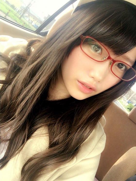 加藤里保菜 メガネなしでも可愛い美少女自画撮り 画像30枚 3