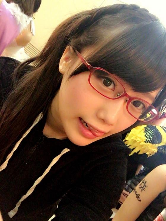 加藤里保菜 メガネなしでも可愛い美少女自画撮り 画像30枚 4