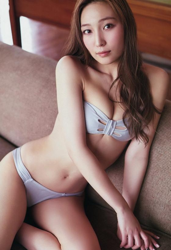 中世古麻衣 Mai name isの美脚&美尻食い込みキャプ 画像45枚 42