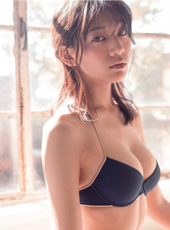 佐藤美希 水着姿Fカップ谷間&腋が眩しい週プレ最新グラビア 画像25枚 22