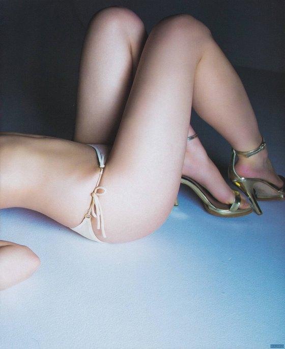 白間美瑠 ブブカの水着姿Dカップ谷間グラビア 画像34枚 7