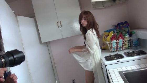 池田エライザ Gカップ爆乳谷間を着衣で披露したグラビア 画像28枚 12
