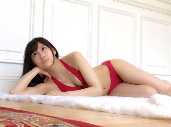 矢倉楓子 abemaTVのお尻の割れ目&ブラチラキャプ 画像14枚 11