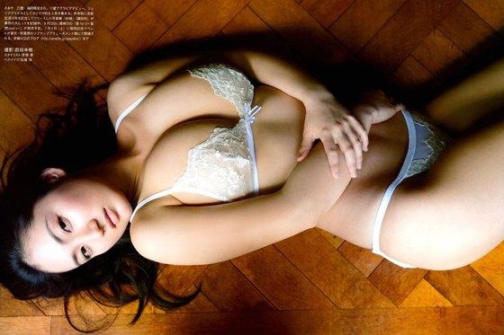 紗綾 フライデーの最新Fカップ巨乳下着姿グラビア 画像19枚 4