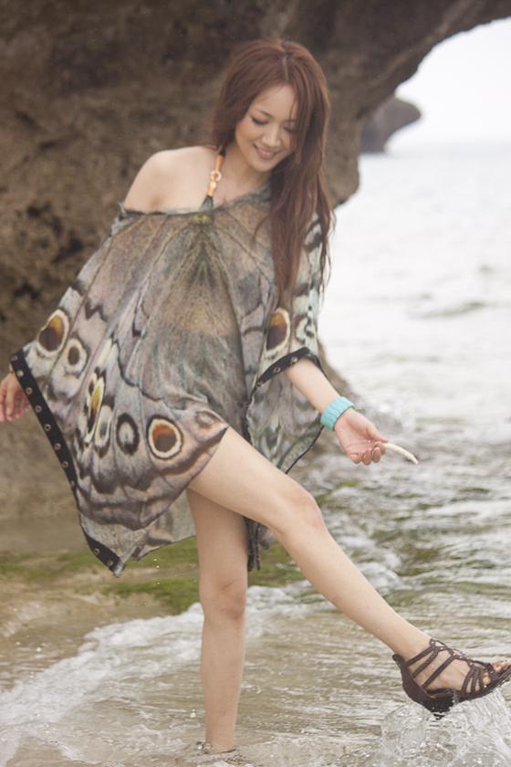 藤川千景 逮捕された美魔女タレントのFカップ谷間 画像19枚 17