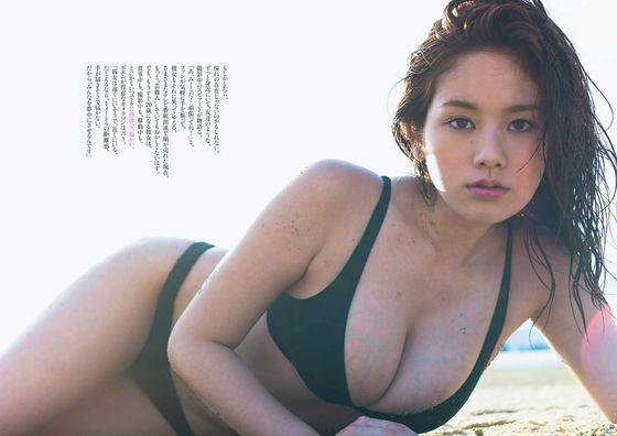 片山萌美 ドラマのキャバ嬢役で披露するGカップ谷間キャプ 画像30枚 28
