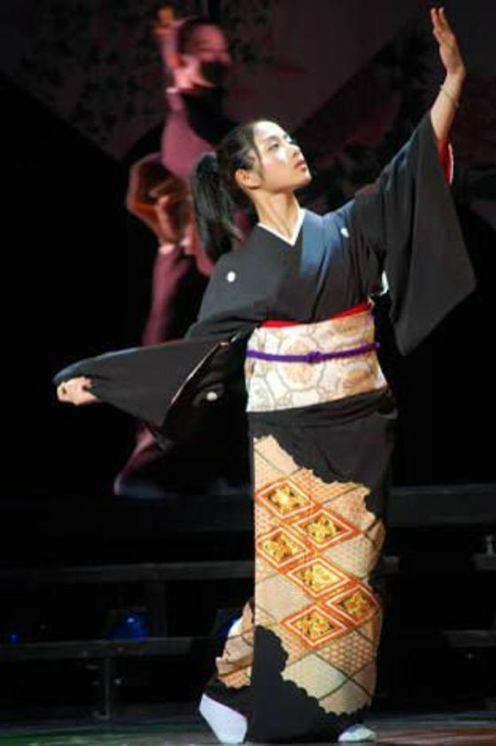 松井玲奈 舞台公演でキスやおっぱい揉みを披露 画像19枚 15