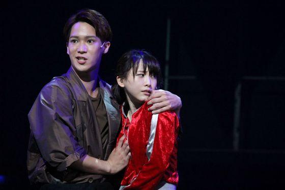 松井玲奈 舞台公演でキスやおっぱい揉みを披露 画像19枚 2