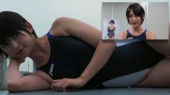 鈴木咲 競泳水着姿のAカップ貧乳ソフマップイベント 画像30枚 23