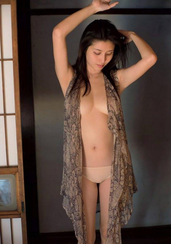 橋本マナミ FLASH袋とじの写真集先行Gカップ緊縛 画像25枚 18