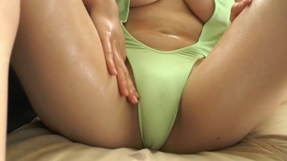 深井彩夏 Gパラダイスの乳首ポチ&巨尻食い込みキャプ 画像32枚 18