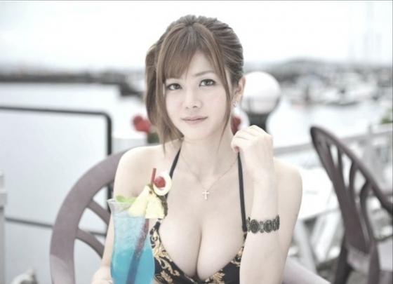 高宮まり Gカップ爆乳をハミ乳させる変態水着グラビア 画像21枚 15