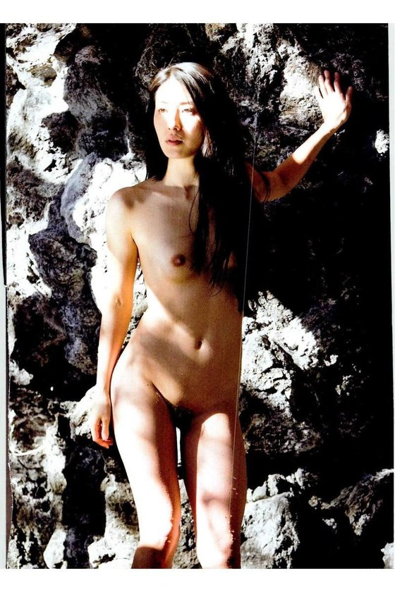 矢吹春奈 映画日本で一番悪い奴らの刺青ヌードグラビア 画像26枚 14