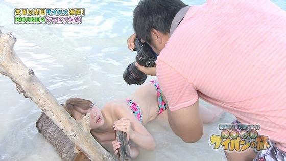 永尾まりや 水着姿で大開脚股間を晒したサイパンロケキャプ 画像30枚 23