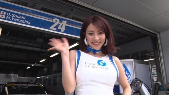 西村いちか SUPER GT+のお尻食い込みパンチラキャプ 画像20枚 10