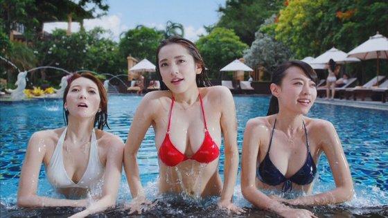 都丸紗也華 モンストCMのFカップ巨乳谷間キャプ 画像30枚 5