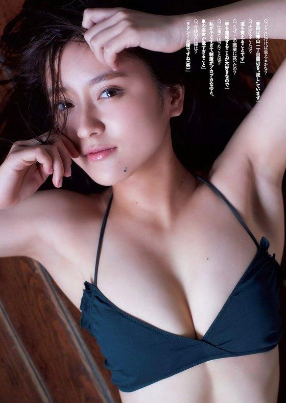 生田佳那 ヤンジャンの水着姿Eカップ谷間 画像22枚 14