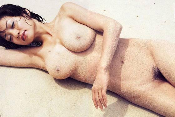 芸能人がおっぱいと陰毛を披露したヘアヌード 画像21枚 30