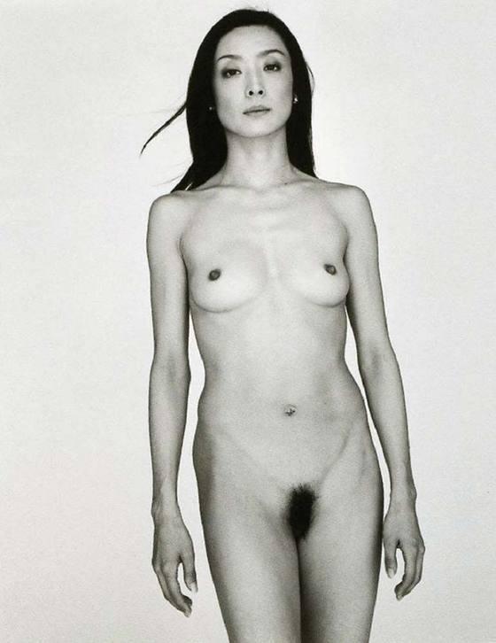 芸能人がおっぱいと陰毛を披露したヘアヌード 画像21枚 40