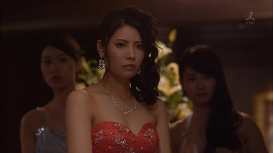 倉持明日香 ドラマのキャバ嬢姿とDカップ谷間キャプ 画像23枚 19