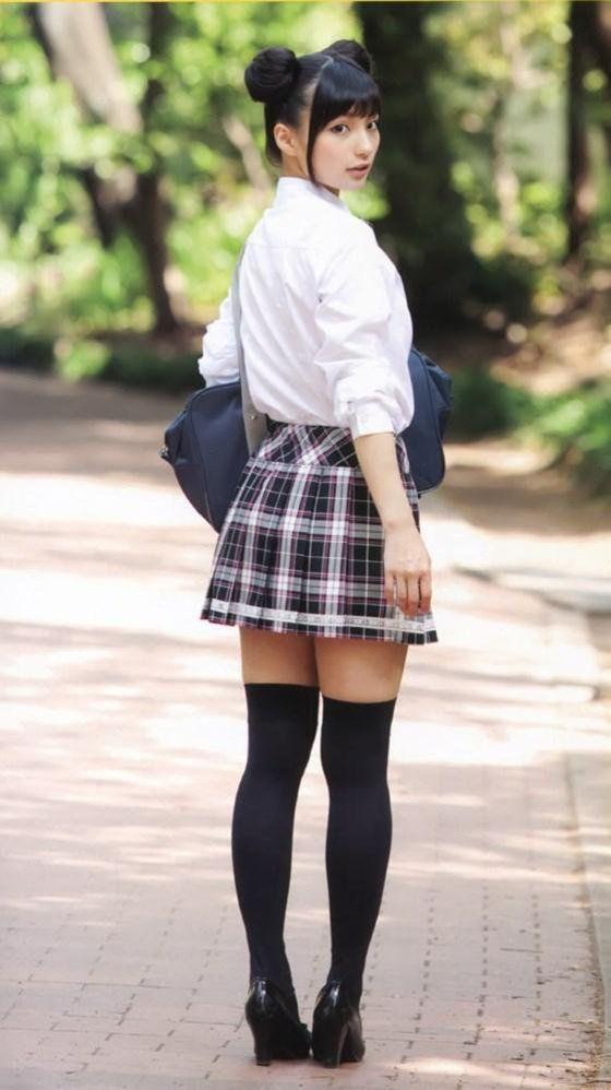 高野麻里佳 声優パラダイスRの太ももが眩しいグラビア 画像16枚 12