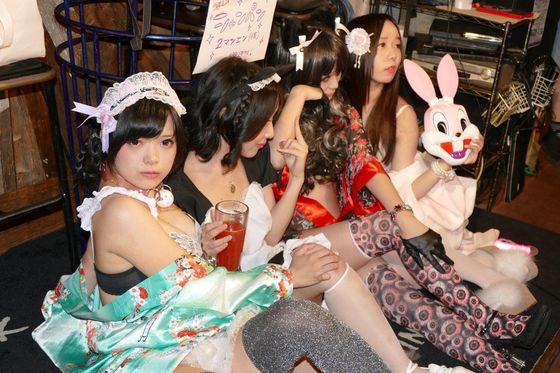 赤根京 下ネタイベントの下着姿Gカップ爆乳谷間 画像15枚 8