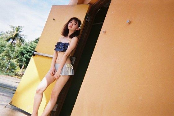 江野沢愛美 ヤングジャンプの水着Bカップ谷間&全開腋 画像24枚 20