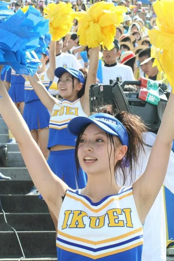 高校球児を応援する女子校生チアガールのおっぱいと腋キャプ 画像30枚 14