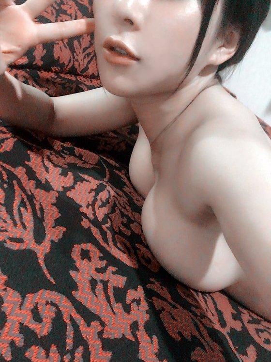 雨宮留菜 twitterに投稿したHカップ爆乳自画撮り 画像29枚 19