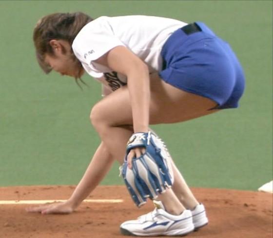 稲村亜美 太ももと美脚を披露したナゴヤドーム始球式キャプ 画像28枚 18