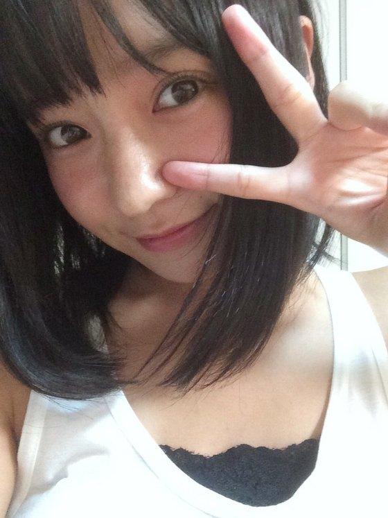 西永彩奈 カワイイ妹のBカップ谷間&お尻食い込みキャプ 画像38枚 37