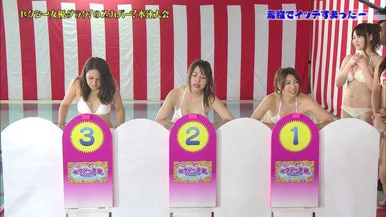 鬼頭桃菜 スカパー水泳大会のおっぱいポロリと擬似フェラキャプ 画像61枚 28