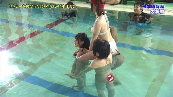鬼頭桃菜 スカパー水泳大会のおっぱいポロリと擬似フェラキャプ 画像61枚 51