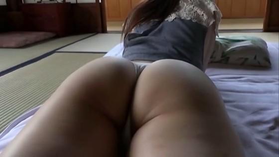 松岡里英 ひとりだけの彼女の股間&巨尻食い込みキャプ 画像30枚 29