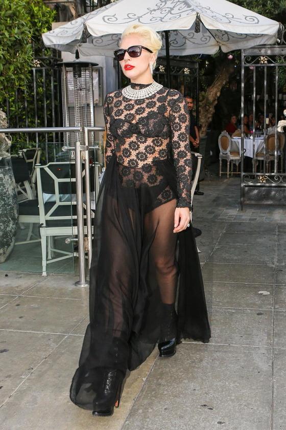 ハリウッドセレブ達の露出狂ファッションをパパラッチ 画像34枚 30