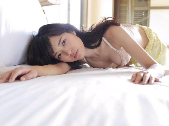 宮脇麻那 SQUALLのBカップ谷間&美尻食い込みキャプ 画像45枚 42